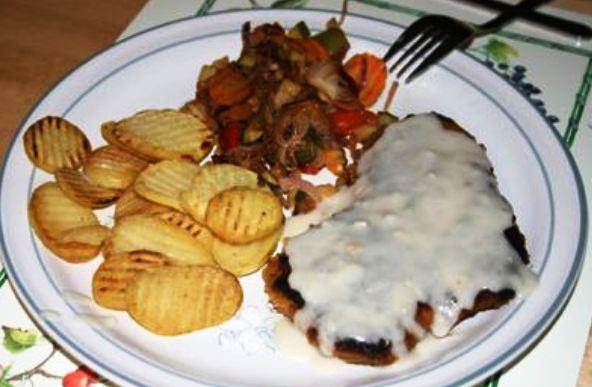 schnitzel met champignonsaus